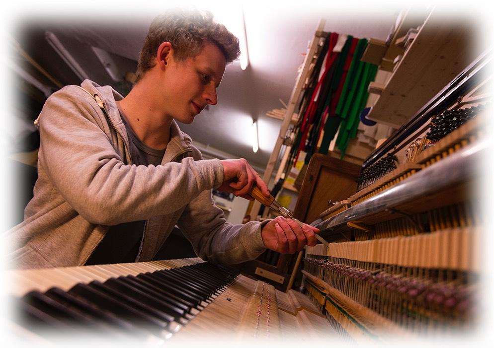 Klavier und Flügel Stimmung und Reparatur